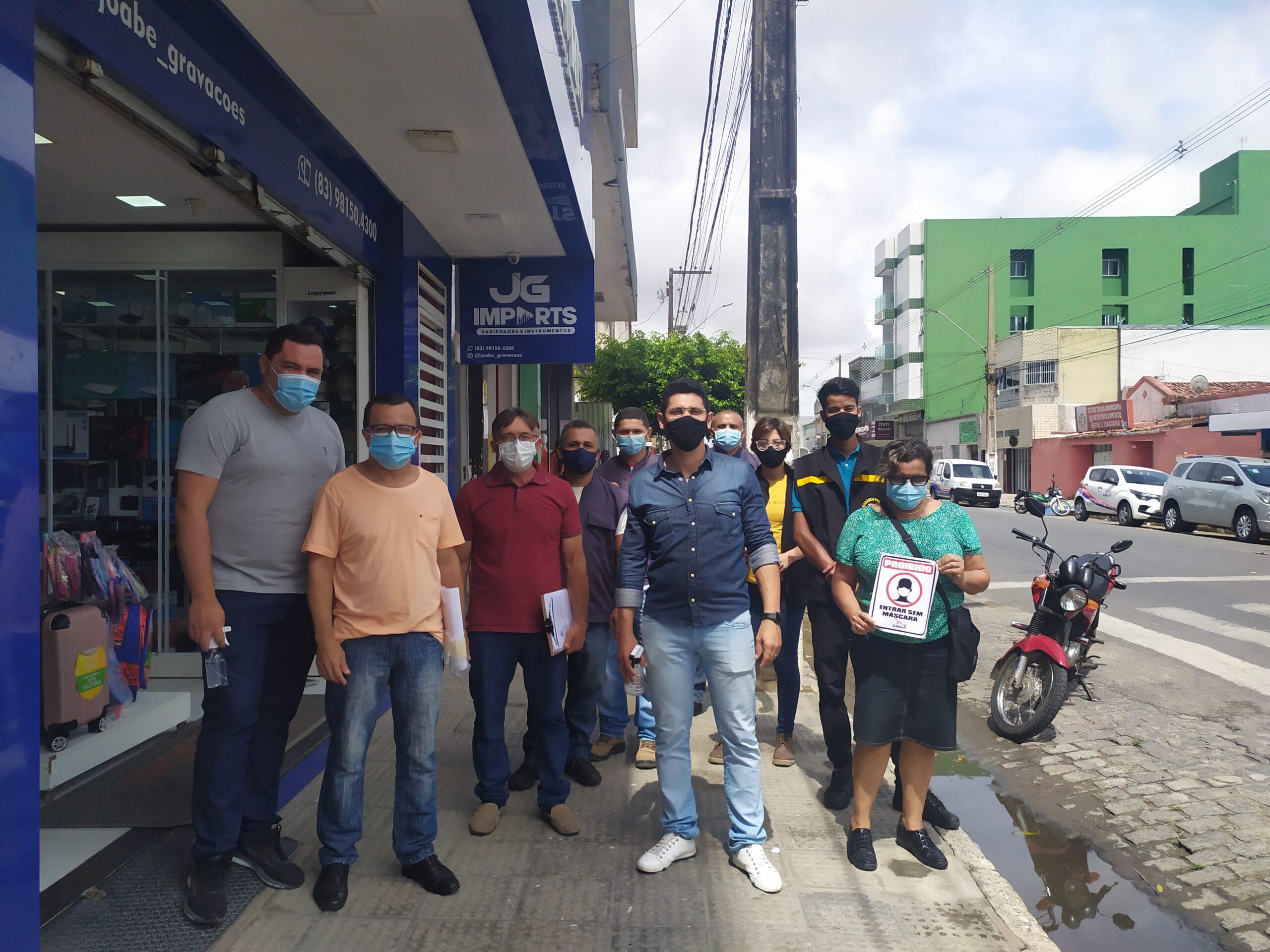 Secretaria de Saúde de Solânea realizou campanha de combate à Covid-19 no comércio.