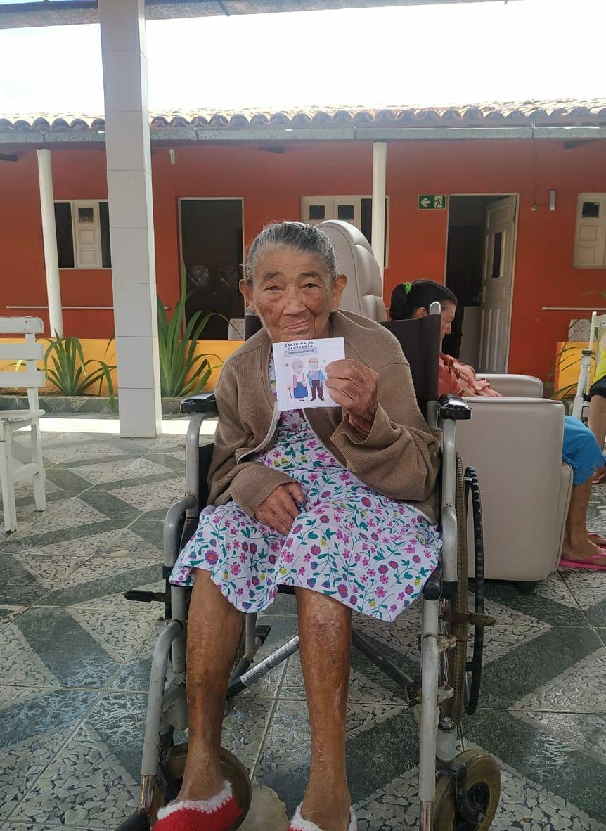 Em Solânea, foi iniciada a vacinação contra a Covid-19 em idosos a partir de 90 anos.