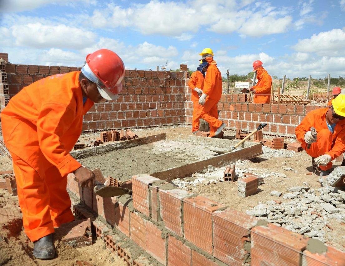Prefeitura de Solânea irá oferecer cursos gratuitos na área da construção civil.